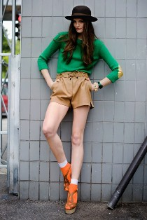 Girls Go Masculine: Fashion from Boyfriend's Cupboard