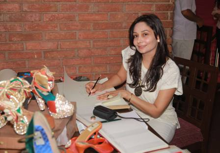 ArNeha Chadha making shoe sketch