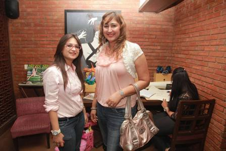 Host Swati Modo with Mania Bhasin