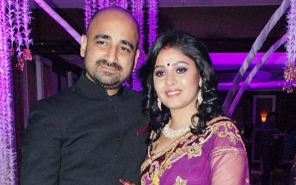 Sunidhi Chauhan's Gorgeous Outfit at her Grand Wedding and  Lavish Reception