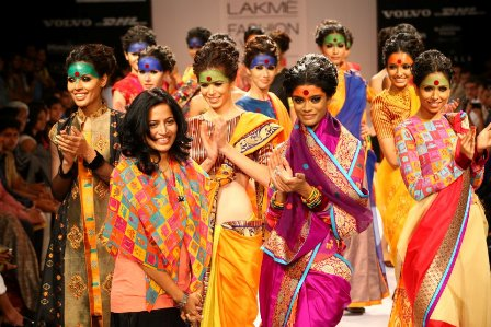 Deepika Govind Pop Patola at Lakme Fashion Week