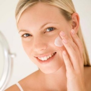 Daily Skin Care Routine for Sensitive Skin: Skin Care Tips ...