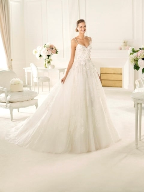 Elie saab bridal 2013 collection wedding dresses to die for for Wedding dresses to die for