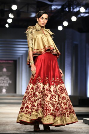 India Bridal Fashion Week Delhi 2013