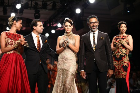 Shantanu & Nikhil at India Bridal Fashion Week 2013 – Collection for New Age Bride