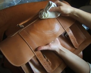Cleaning a leather handbag