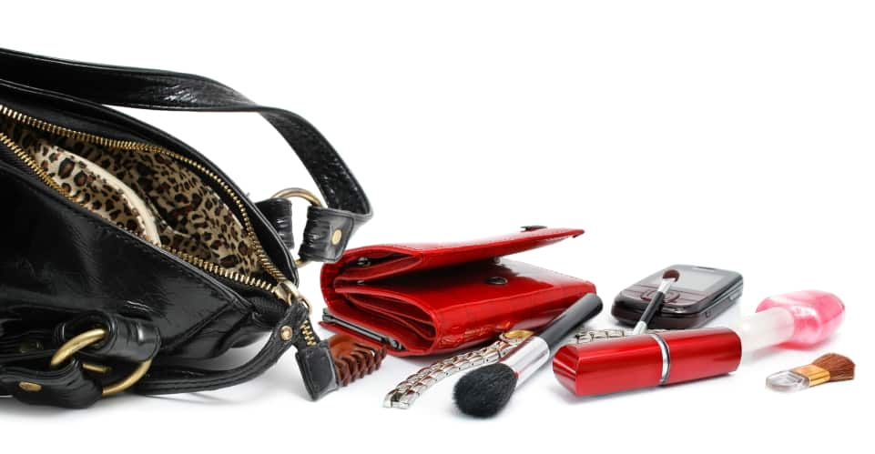 Cleaning the inside of your handbag
