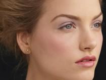 How To Keep Makeup