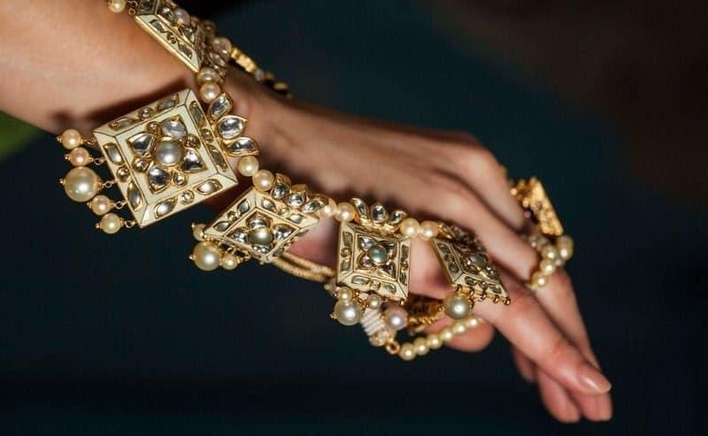 Polki-pearl-necklace