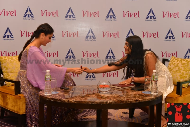 Interview of Kareena Kapoor Khan by MyFashionVilla in Ahmedabad