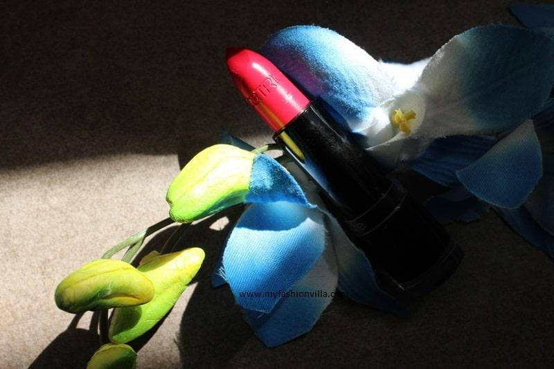 Catrice Ultimate Color 360 MATTraction Lipstick