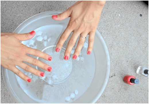 Use cold water to instantly dry your nail polish