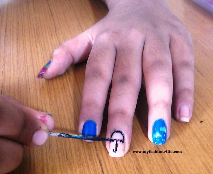 Nail Art Tutorial - Draw an umbrella