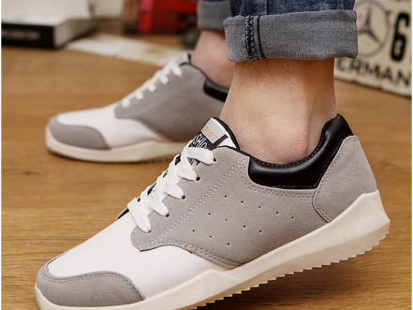 Sneakers for Men Must Have