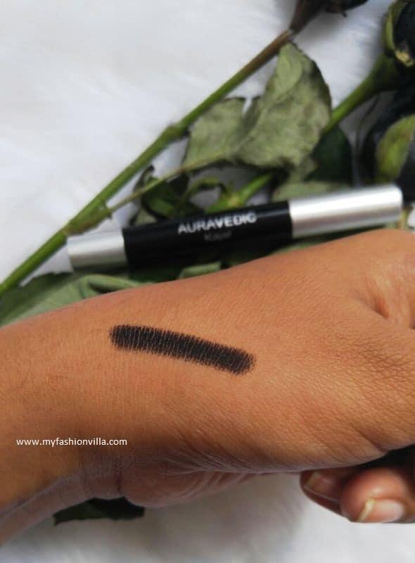 auravedic-natural-deep-black-kajal-swatch