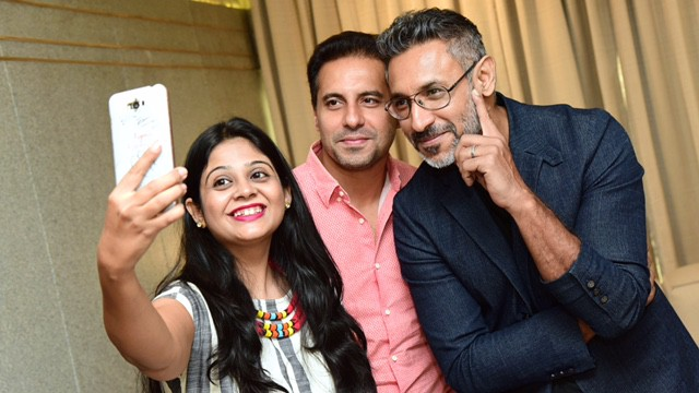 selfie-with-designer-duoshantanu-and-nikhil