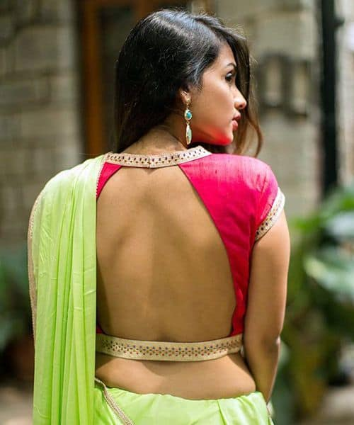 Backless blouse with border