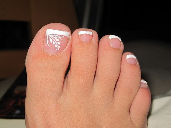 French Tip Nails Designs